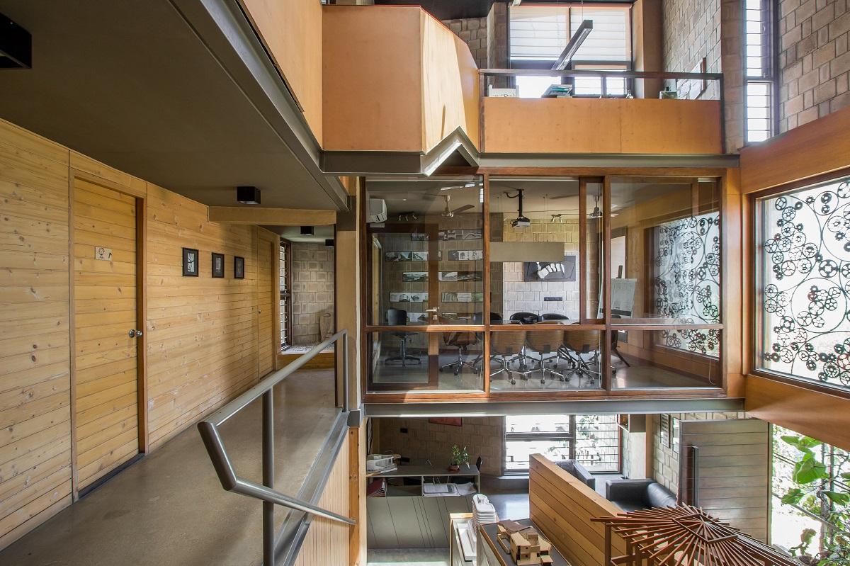 Astounding Studio Download Free Architecture Designs Itiscsunscenecom